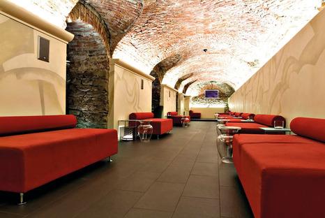 Gres porcellanato FMG: Superfici per bar e ristoranti