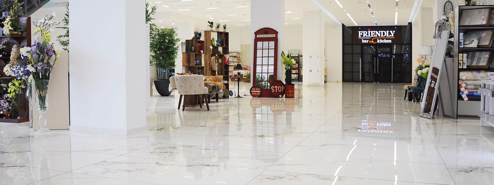 Gres Porcellanato Pavimenti.Pavimenti In Gres Porcellanato Effetto Marmo Fmg Per Centri