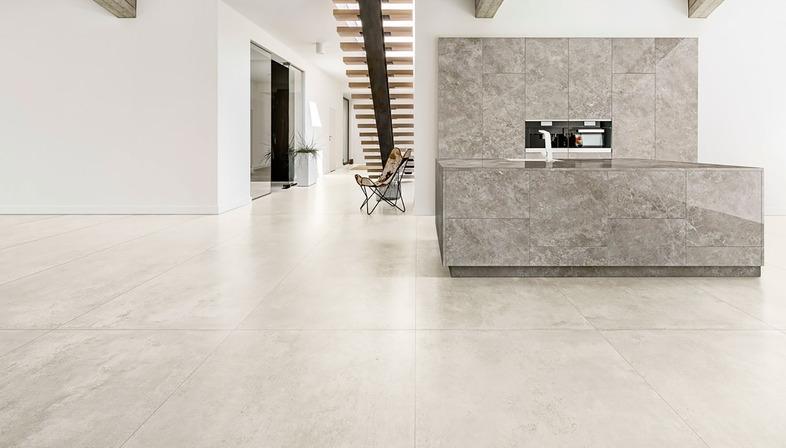 Lastre effetto cemento e resina CON.CREA. per ambienti contemporanei in stile minimalista