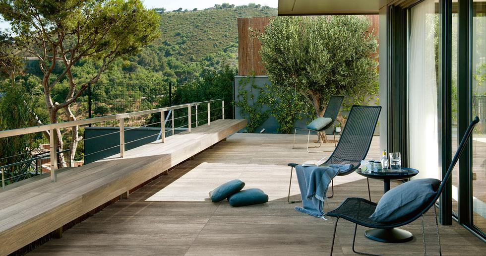 L'outdoor come nuovo living: le soluzioni Iris Ceramica per l'open air