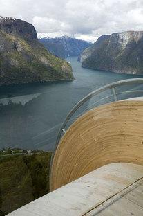 Aurland. Rotte turistiche in Norvegia. Progetto: Todd Saunders & Tommie Wilhelms