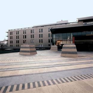 Pietra di Luserna, Pavimenti effetto Pietra Gres Porcellanato High-Tech Ariostea