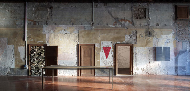 """Mostra """"TRA. Edge of Becoming"""""""