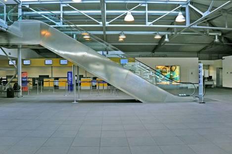 Aeroporto Parma, pietre naturali High-Tech Ariostea