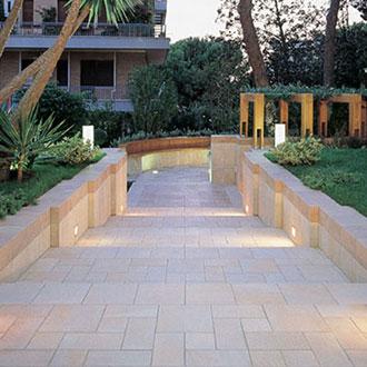 Pavimenti per esterni in gres effetto pietra floornature - Vialetti giardino in porfido ...