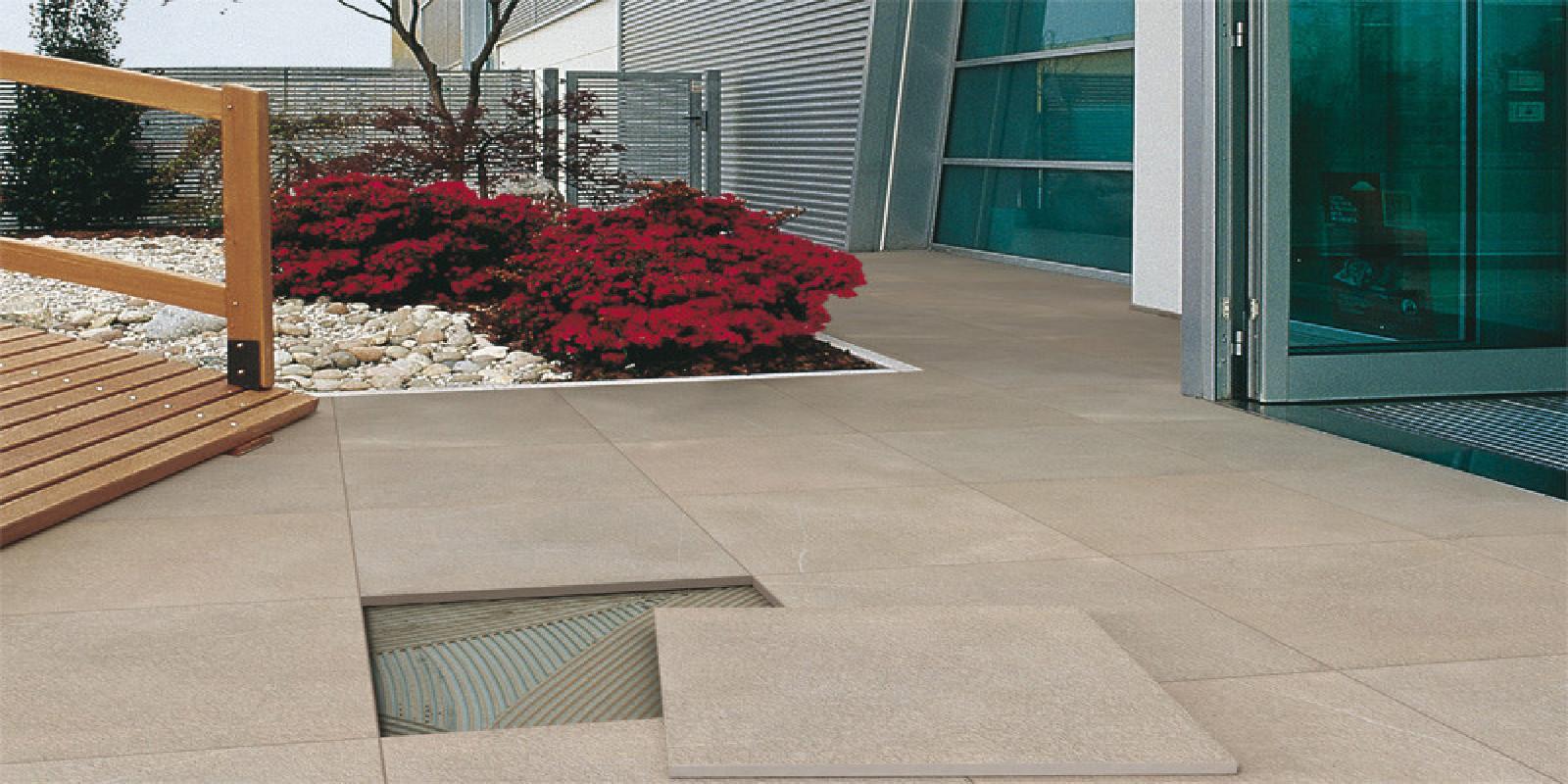 Pavimenti per esterni piastrelle sottili posa su pavimenti esistenti - Incollare piastrelle su piastrelle ...