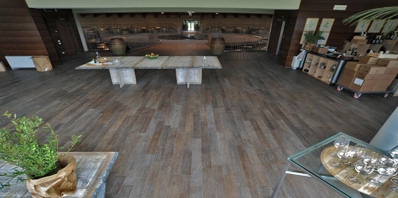 Pavimenti per esterni: piastrelle sottili per posa su pavimenti esistenti