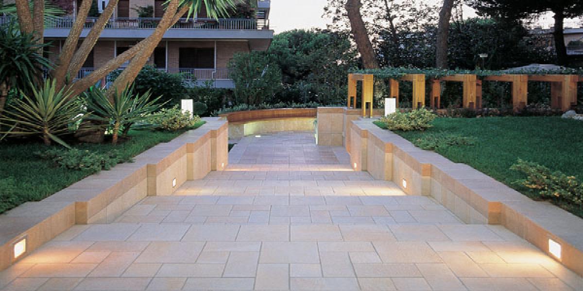 Pavimenti per esterni piastrelle sottili posa su pavimenti esistenti - Piastrelle gres porcellanato per balconi ...