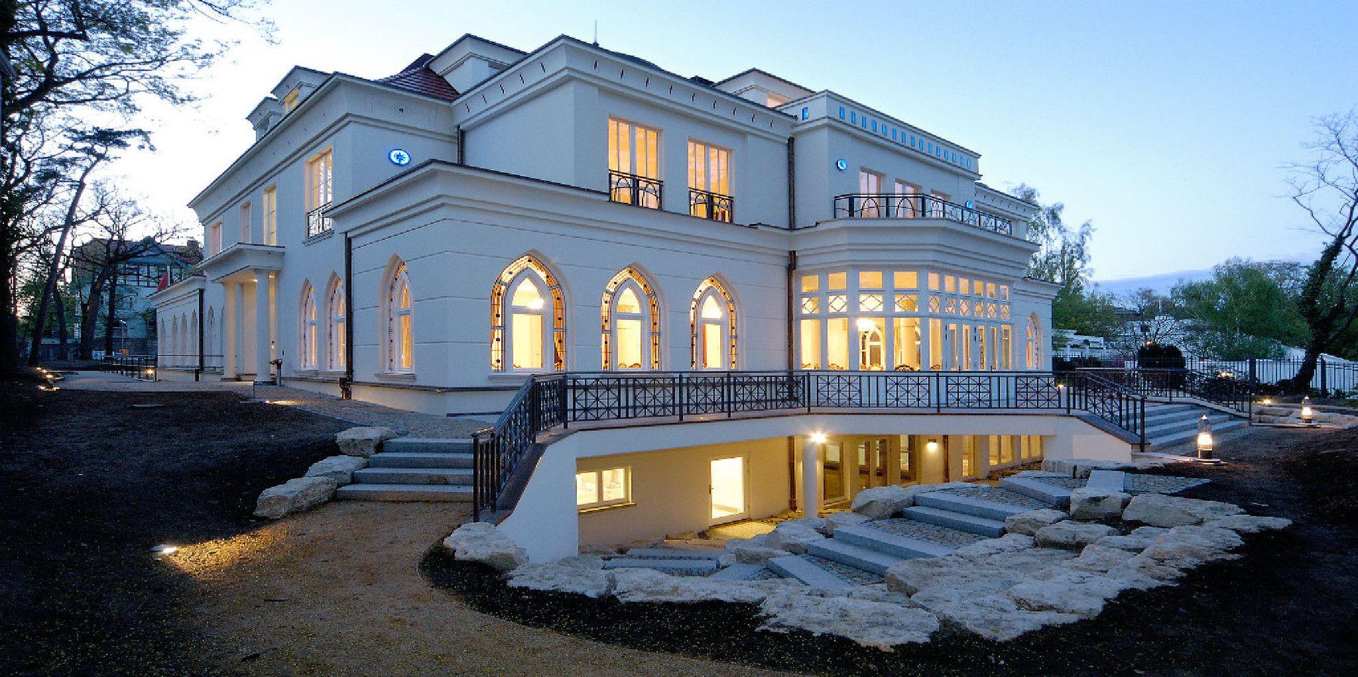 Fmg gres porcellanato per interni ed esterni for Casa classica porcelain tile