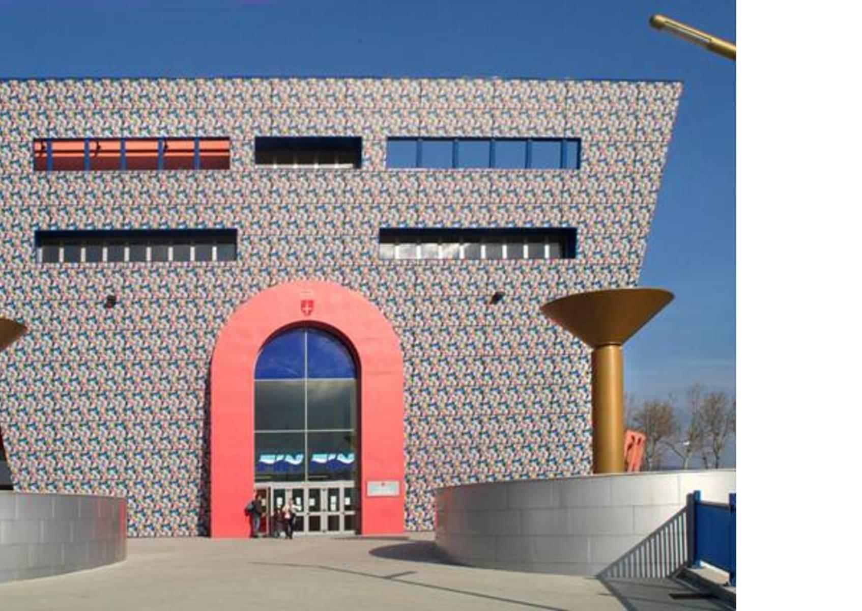 Biografia dell 39 architetto alessandro mendini for Design postmoderno