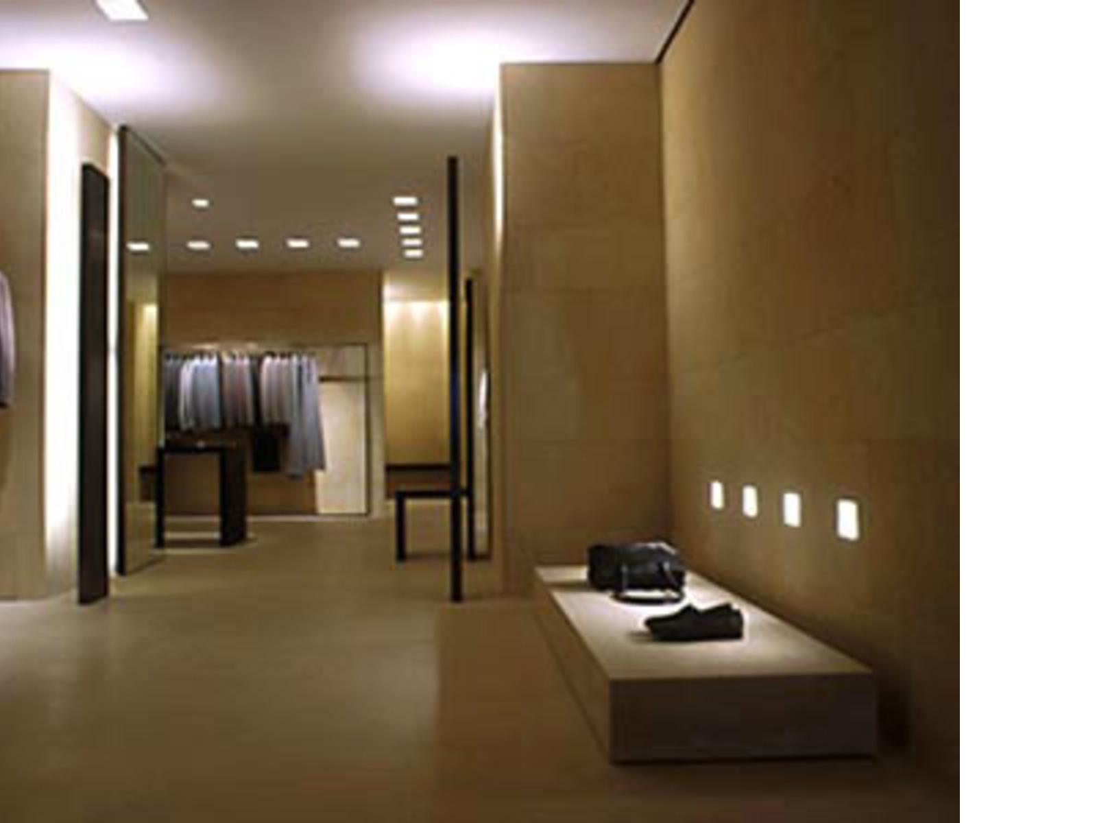Biografia dell 39 architetto claudio silvestrin for Progetti ville minimaliste