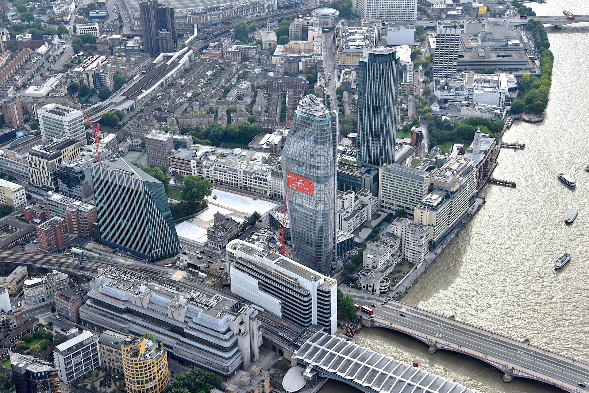 Chris Johnson. Londra dall'elicottero