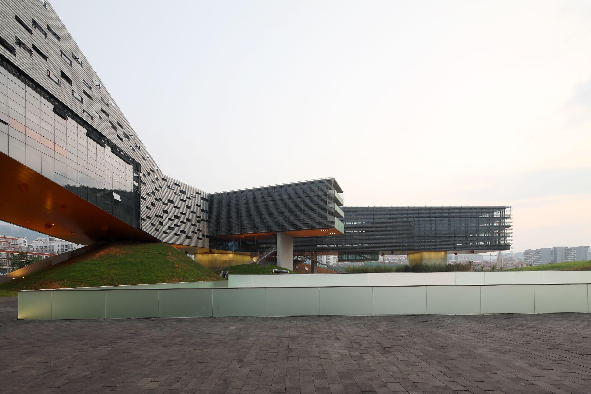 Il Grattacielo Orizzontale Di Steven Holl A Shenzhen In