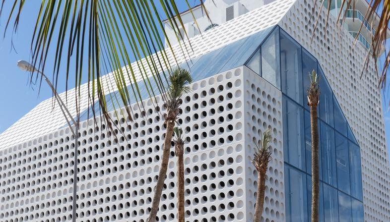 Il Faena Bazaar e Park nel Faena District di OMA a Miami Beach