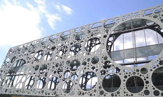 CRC per la facciata della Facoltà Tecnica SDU di C.F. Moller & MOE