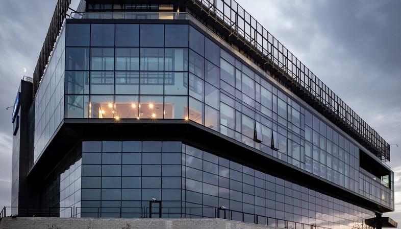Vetro e cemento per il Centro di ricerca e sviluppo Kordsa a Istanbul