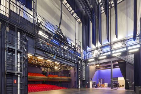Torre scenica rivestita di alluminio di Benthem & Crowel
