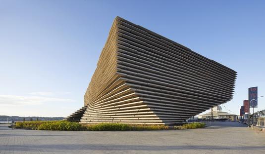 Facciata con frangisole di cemento per il V&A Dundee Museum