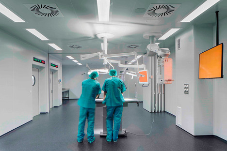 Centro biomedico ad alta efficienza energetica a Badalona